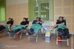 Policjanci istrażacy oddali krew