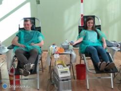 Uczniowie inauczyciele oddali krew