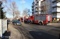 Pożar wbloku przy ul. Sikorskiego [AKTUALIZACJA]