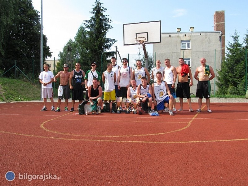 Drugie miejsce Slam Drinkers Biłgoraj na Streetball Lesko 2015