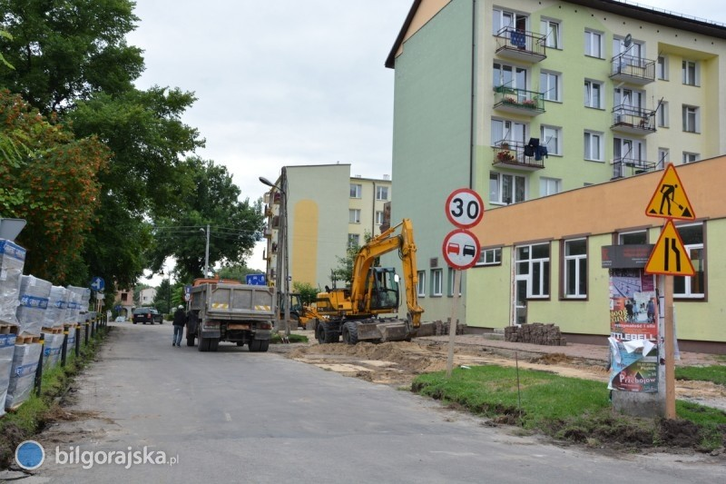 Trwa remont przy ul. Nadstawnej wewnętrznej