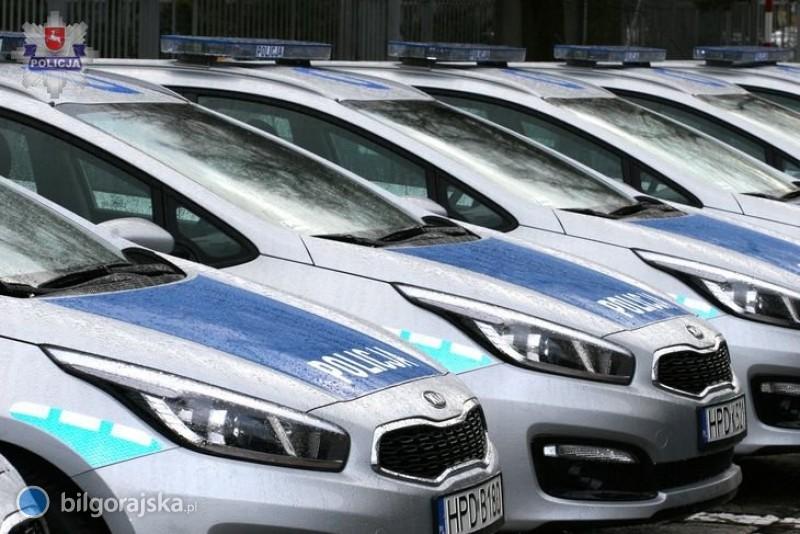 Nowe radiowozy iwyróżnienia dla policjantów