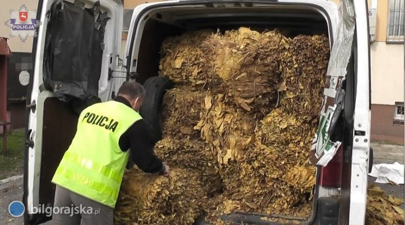 700 kg tytoniu wbusie