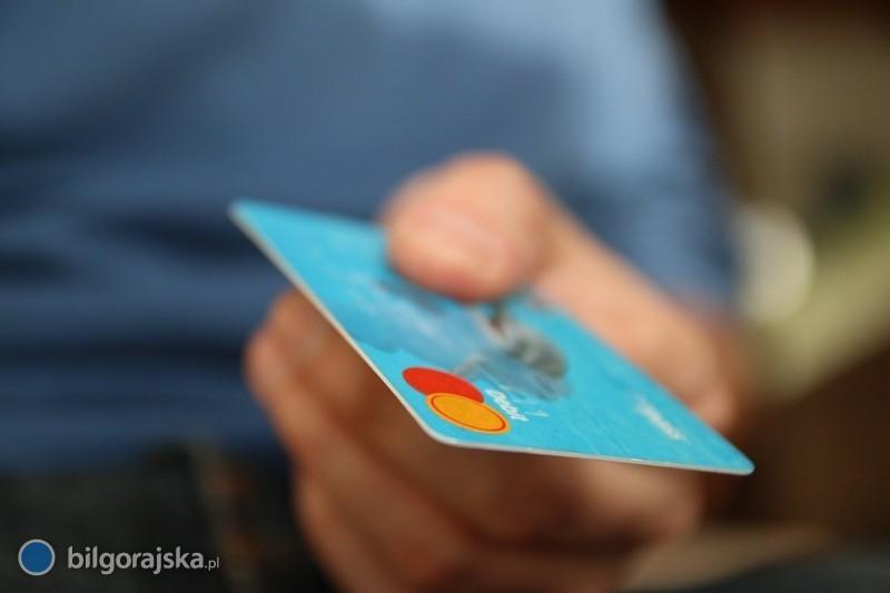 Jakie informacje gromadzone są wBiurze Informacji Kredytowej (BIK)?