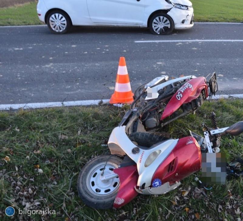 Zderzenie motorowerzysty zfordem wBukowinie