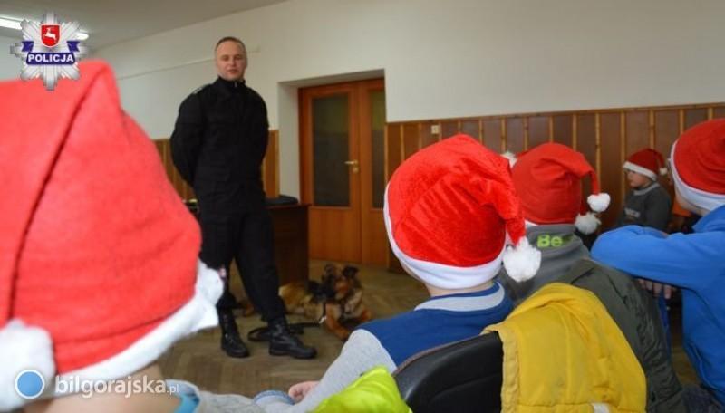 Mali pomocnicy św. Mikołaja wkomendzie
