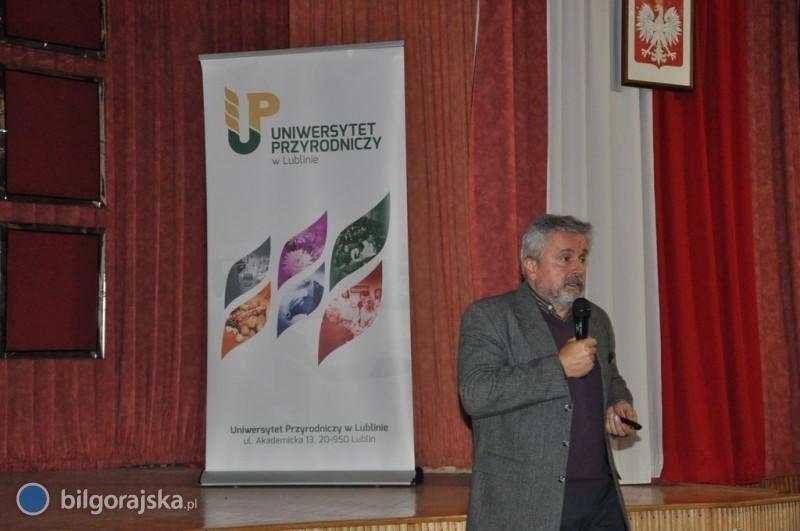 Pracownicy Uniwersytetu Przyrodniczego wLO im. ONZ