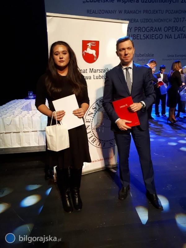 """Uczennica ZSZiO stypendystką """"Lubelskiej kuźni talentów 2016-2019"""""""