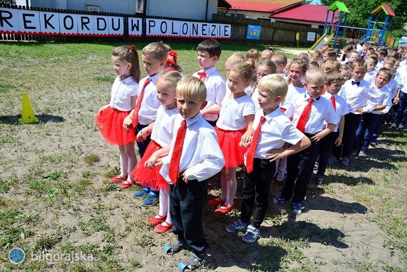 Chcą pobić rekord Polski wtańczeniu poloneza