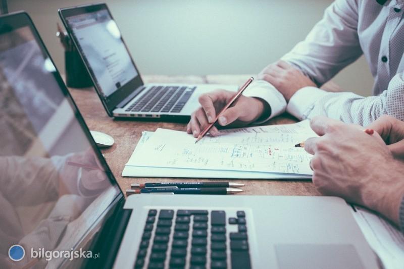 Jak odzyskać dług od firmy?