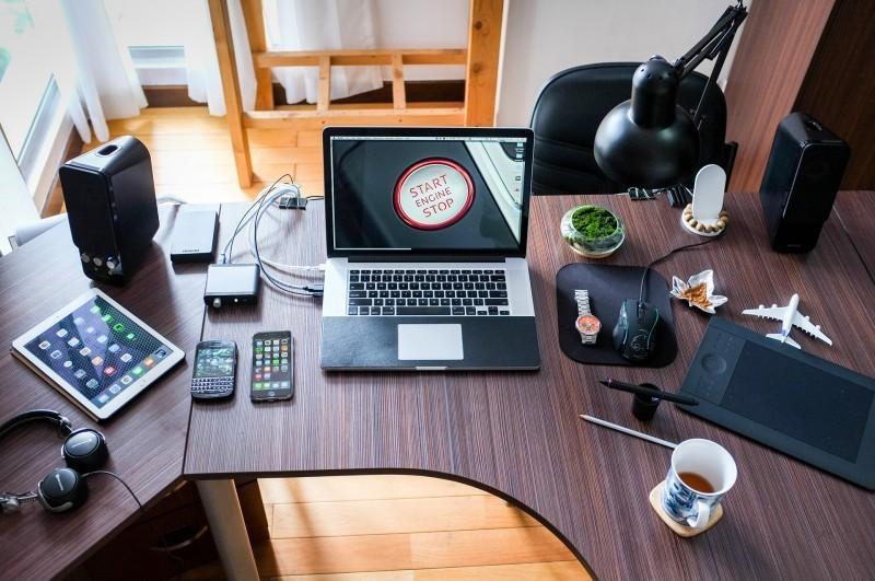 Internet światłowodowy - dlaczego lepszy od zwykłego internetu kablowego?