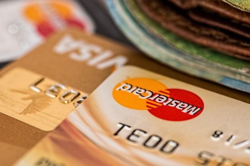 Czym jest wypukła karta kredytowa?
