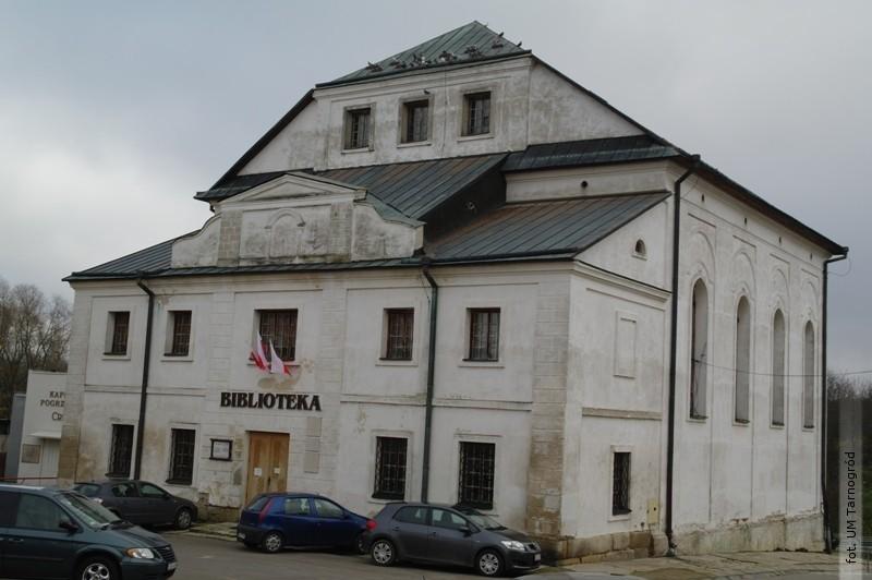 Cyfrowa wypożyczalnia Academica wtarnogrodzkiej bibliotece