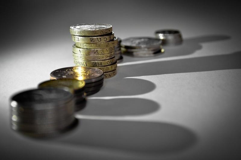 Jak pożyczyć pieniądze, by później nie żałować?