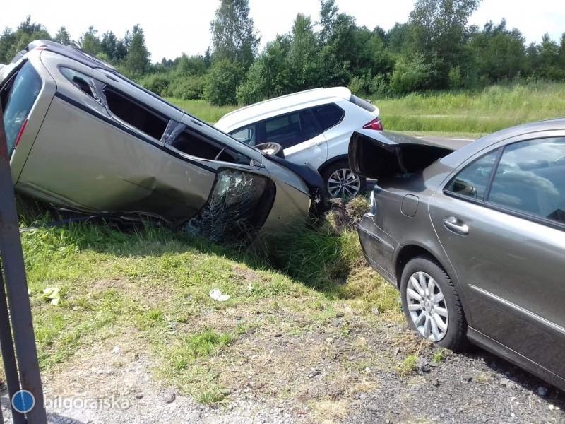Zderzenie trzech aut. Są utrudnienia wruchu
