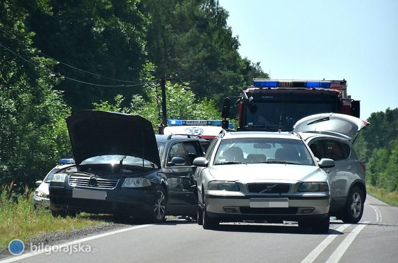 Zderzenie aut na trasach 835 i858