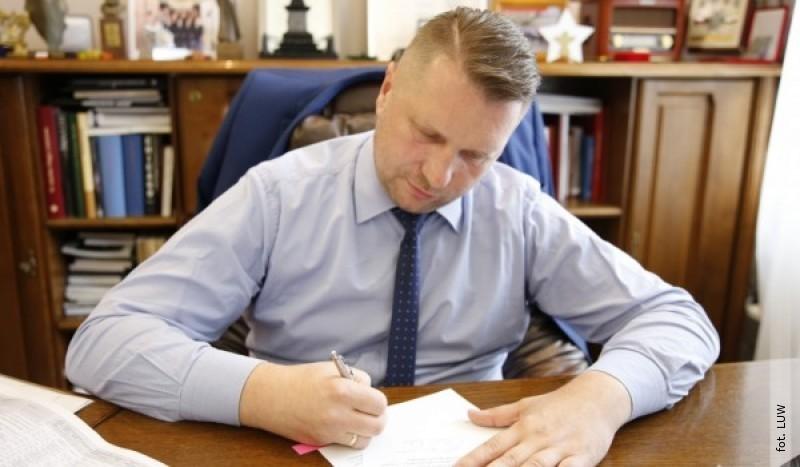 Gminy ipowiaty zLubelskiego zbudują drogi za prawie 800 mln zł