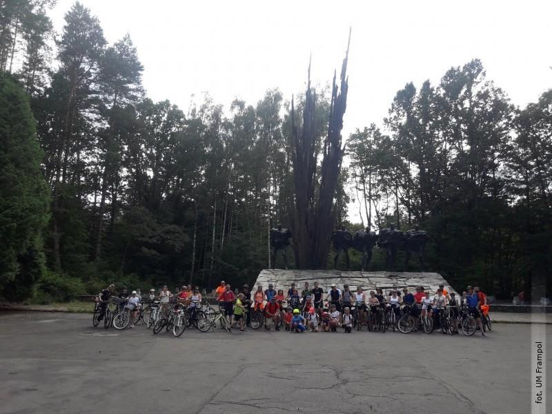 Rowerami na Porytowe Wzgórze