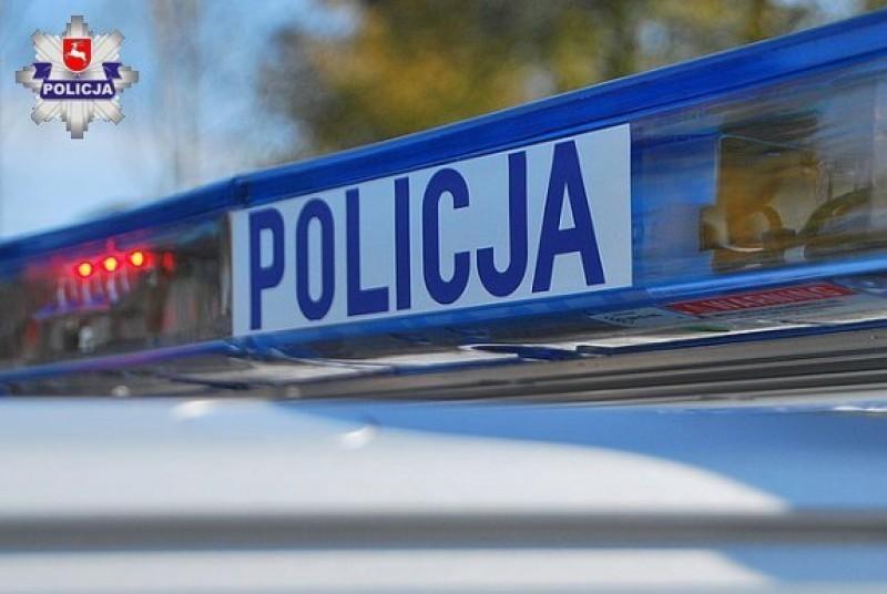 Pijany 41-latek uderzył wstojące auta
