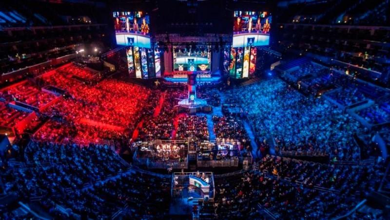 Esport - sposób na sportowe emocje wczasach pandemii?