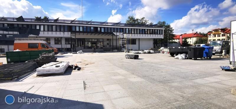 """Projektant ratusza orewitalizacji Placu Wolności: """"Kosztowne iniepotrzebne błędy"""""""