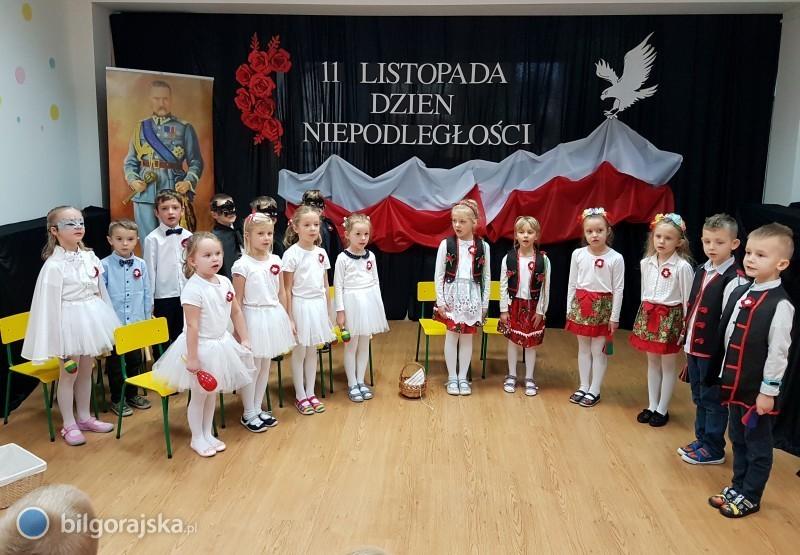 Przedszkolaki uczciły Święto Niepodległości