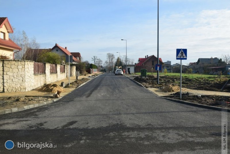 Kończy się budowa trzech ulic wosiedlu Batorego