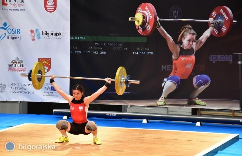 W Biłgoraju odbywają się mistrzostwa kraju wpodnoszeniu ciężarów