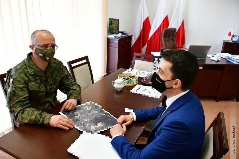Spotkanie starosty zszefem Wojewódzkiego Sztabu Wojskowego wLublinie