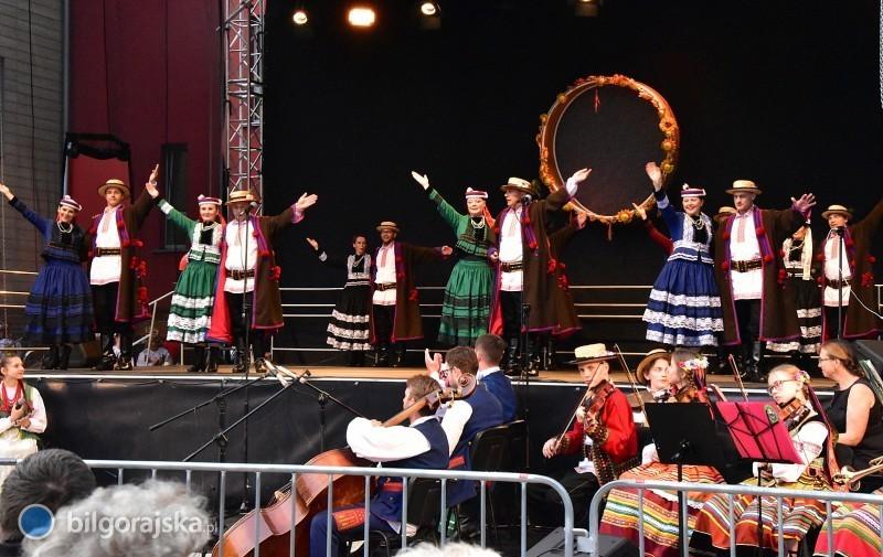 """""""Barwy regionów"""" - koncert na zakończenie Dnia Polskiego Folkloru"""