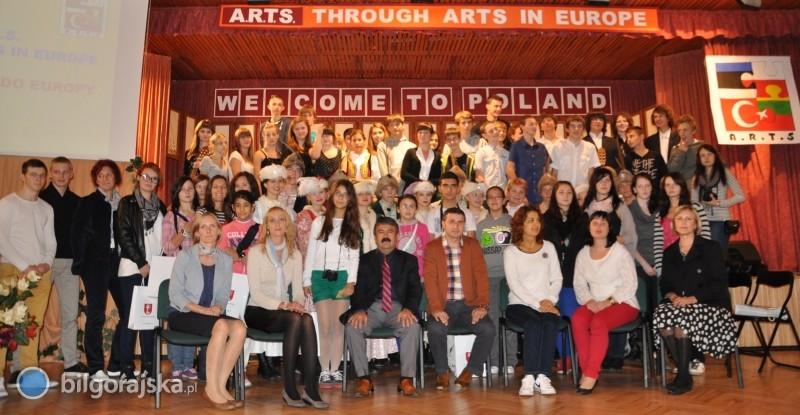 Przez sztukę do Europy
