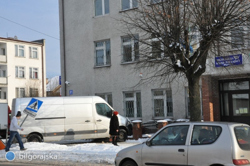 Bus wjechał wpłot Poczty