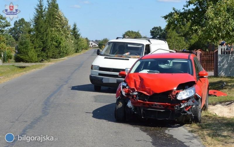 Wypadek samochodowy. Są osoby ranne