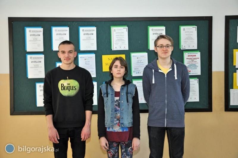 Uczniowie LO im. ONZ wBiłgoraju laureatami zamojskich konkursów
