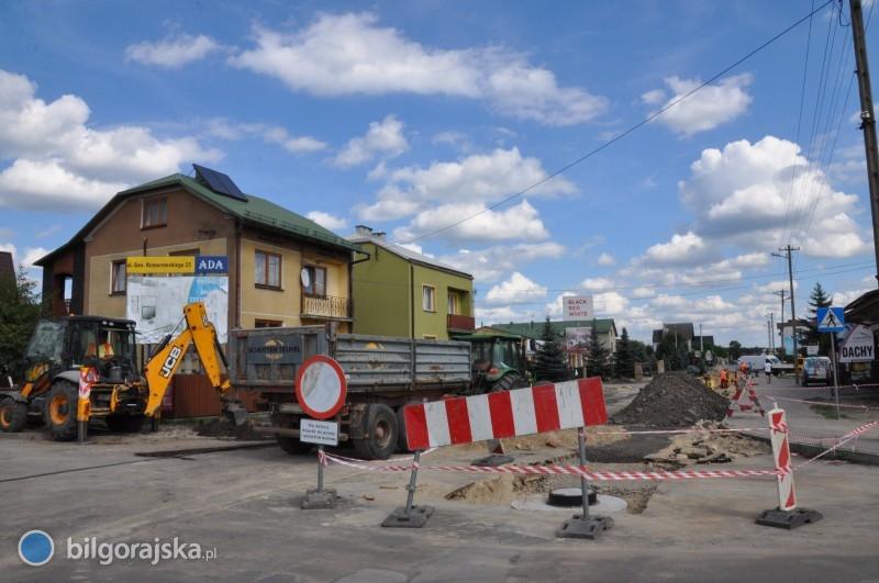 Ruszyły prace na ulicy Komorowskiego