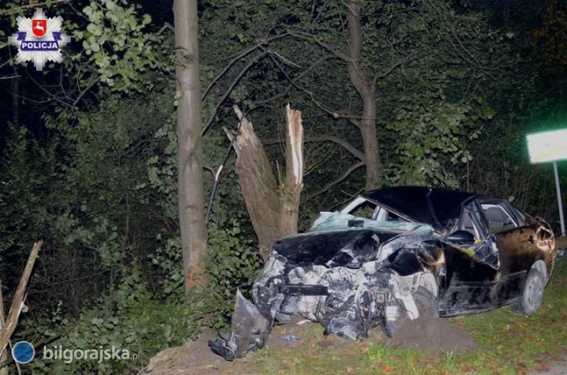 18-latek uciekał przed policją, spowodował wypadek