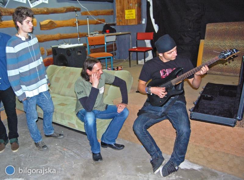 """Gitarowo w""""Pogotowiu"""""""