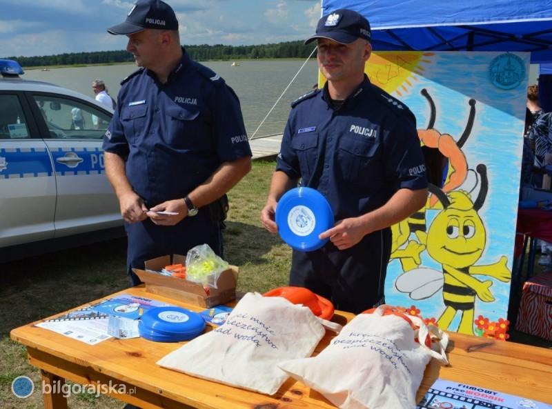 Z policją opierwszej pomocy