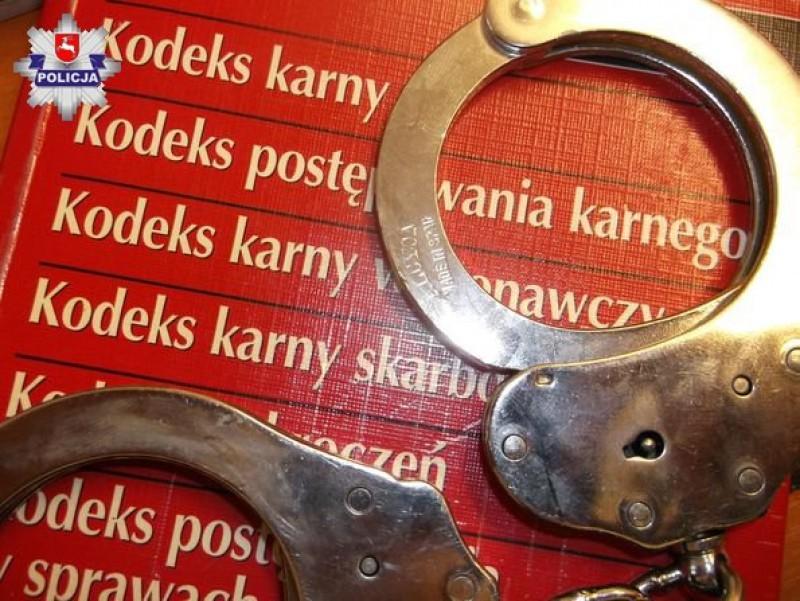 Dozór policyjny za ugodzenie nożem