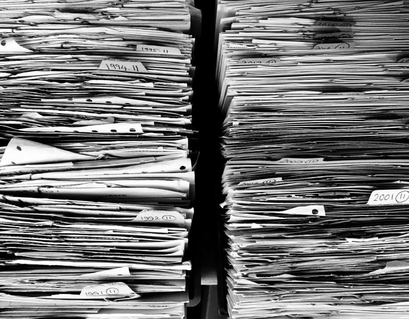Jak poradzić sobie zdużą liczbą dokumentów wbiurze?