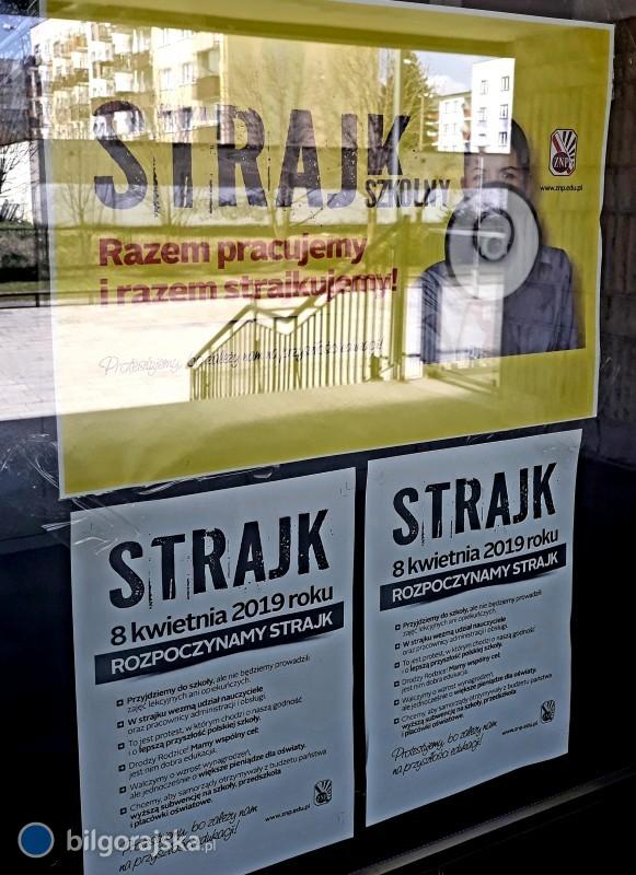 Rozpoczął się strajk nauczycieli