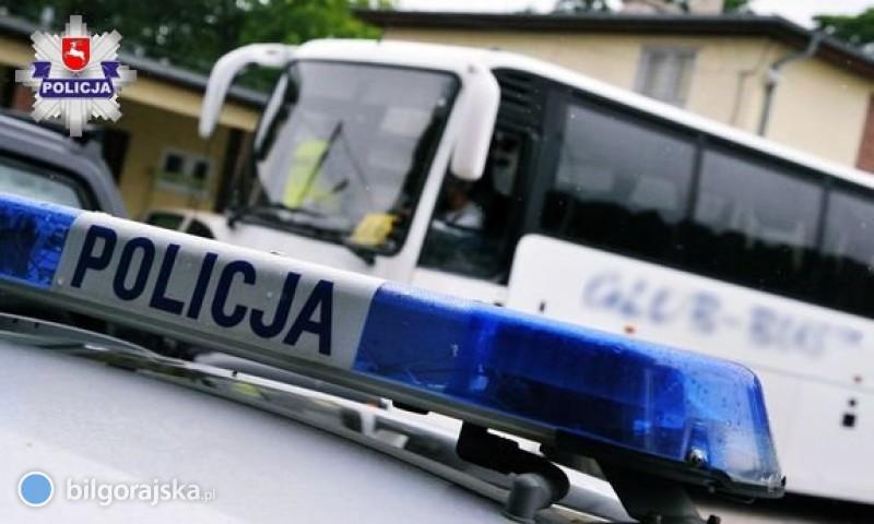 Policyjna kontrola autokarów - niesprawny pojazd inietrzeźwy kierowca