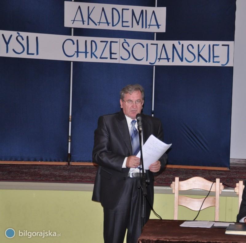 Akademia Myśli Chrześcijańskiej popiera ks. abp Jędraszewskiego iapeluje do samorządowców