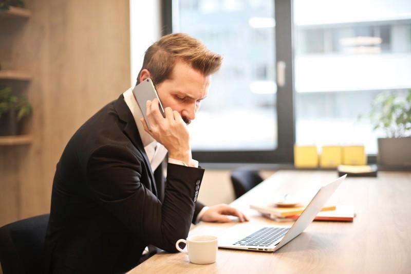 Nagrywanie rozmowy telefonicznej - kiedy najczęściej się na to decydujemy?
