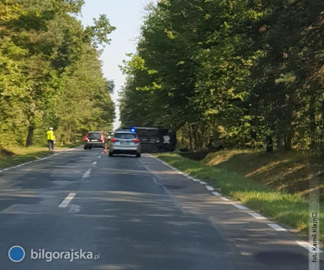 Zdarzenie drogowe na trasie nr 835. Policja poszukuje kierowcy TIR-a