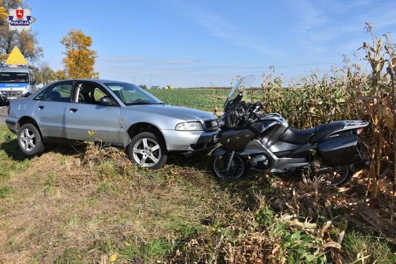 Kierowca audi nie zauważył motocyklisty