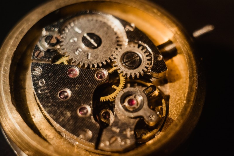 Zegarki mechaniczne - co powinieneś onich wiedzieć ijak wybrać ten idealny?