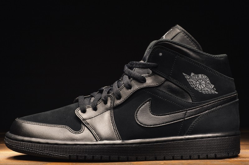 Nike air jordan - wktórym sklepie zbutami kupić te adidasy?