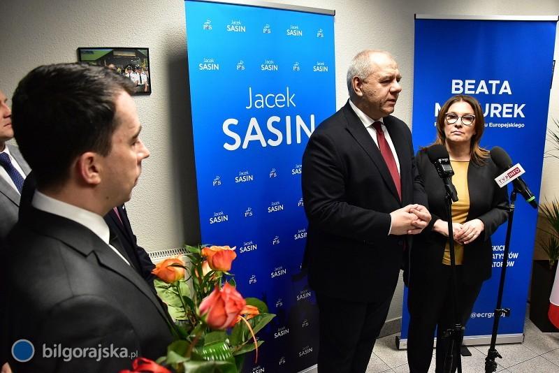 Biuro poselskie Beaty Mazurek iJacka Sasina już działa