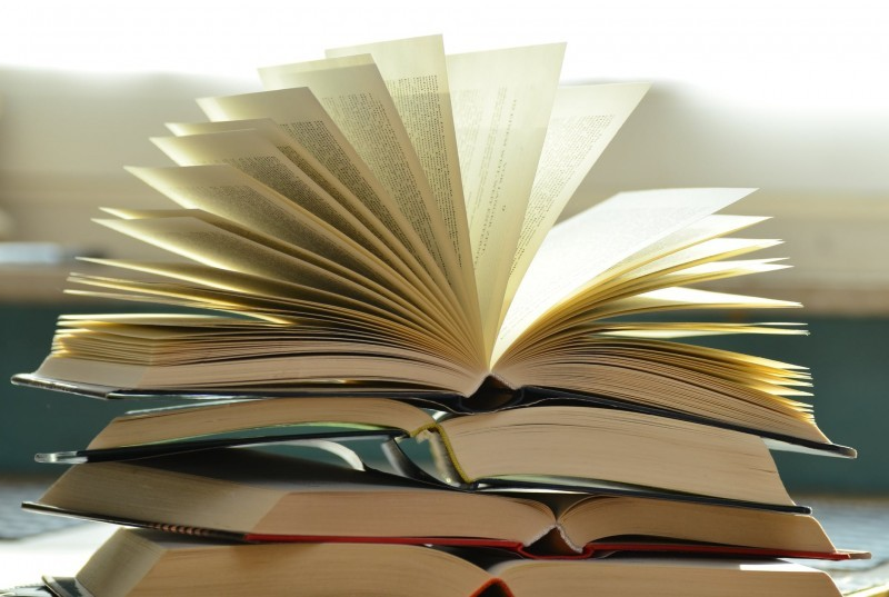 Sklep zużywanymi inowymi książkami - 4 rzeczy, które musisz wiedzieć